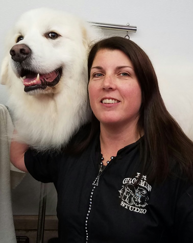 Michelle U. - Groomer at The Pet Grooming Studio in Mount Laurel NJ